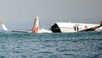 Endonezya'da uçak çakılırken pilotlar kılavuz arıyormuş
