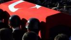 Şırnak'ta askeri araç devrildi: 1 asker şehit