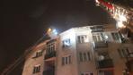 EYÜP SULTAN'da evin çatısında çıkan yangın, ev sahibine feryat ettirdi