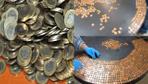 Ahşap masayı bozuk parayla öyle bir hale getirdi ki... Bayılacaksınız