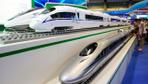 Çin saatte 600 kilometre hızla gidecek trenin prototipini tanıttı
