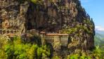 Sümela Manastırı ziyaretçileri ile buluşmak için gün sayıyor