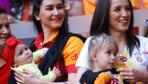 Galatasaray kupasına kavuştu! 22. şampiyonluğun inanılmaz coşkusu