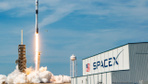 SpaceX Falcon 9 ile bile birlikte uzaya 3 uydu gönderdi