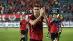 Galatasaray 22'lik stoper Mert Çetin'in peşinde