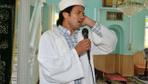 İhraç edilen ve seçimlerde yıkılan 'Rockçı İmam' mahkemeden de darbeyi yedi