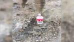 """Esenyurt'ta vatandaş kepçeyle """"Bottle Cap Challenge"""" akımına katıldı"""