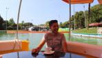 Bursalı girişimci yüzen kafe yaptı gören şaşkınlığını gizleyemiyor