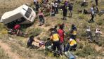 Van'da katliam gibi trafik kazası! 17 kişi hayatını kaybetti 50 yaralı var