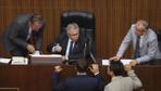 Mansur Yavaş ile AK Partili üye arasındaki tartışma toplantıya damga vurdu