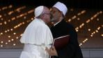 Papa ve Arap Şeyhi Ahmed El Tayyib İnsan Kardeşliği Belgesi dedikleri komiteyi kurdu