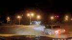 Ukrayna'da polis tarafından durdurulan araç gaza bastı polis sürüklendi işte o görüntüler