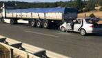 Kütahya'da feci kaza otomobil tıra arkadan çarptı: 2 ölü 4 yaralı