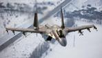 SU-35'in antrenman uçuşu nefesleri kesti