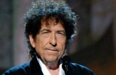 Nobel Edebiyat ödülü şarkıcıya verildi