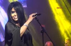 Bülent Ersoy şarkılarıyla Bursa'yı salladı