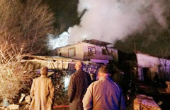 Yangına giden itfaiye aracı mahalleliyi isyan ettirdi