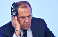 Lavrov ve Johnson'dan şok atışma