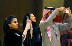 Suudi Arabistan'da başörtüsü değişimi