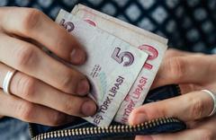 Asgari ücret için '2 bin 300 TL' önerisi
