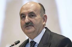 Yaş bekleyen emeklilere müjde Müezzinoğlu açıkladı