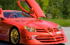 Bu Mercedes çok başka fiyatı dudak uçuklatıyor