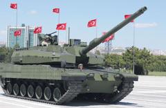 Altay'a yeni tank motoru Albayrak'ı heyecanlandırdı
