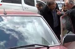 İstanbul'da yaşandı otomobille önünü kesip...