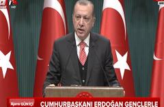 Cumhurbaşkanı Erdoğan Beştepe'de gençlere seslendi