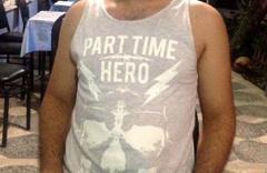 Hero'dan sonra 'part time hero'