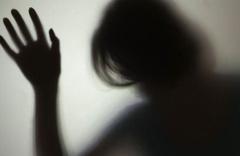 Sevgilisinin yanından kaçırıp defalarca tecavüz ettiler