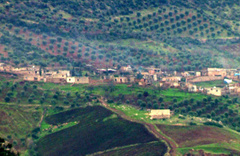 Sınırın öte tarafındaki köylerde sessizlik hakim