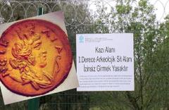 İznik'teki kazıda Kraliçe Nikaia ait bir lahit bulundu kimse sokulmuyor