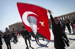 Cumhuriyet 95 yaşında! Anıtkabir'de Atatürk'e sevgi seli