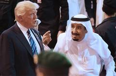 Trump, Suudi Kralı Selman'ı çok fena aşağıladı! Biz olmasak 2 hafta...