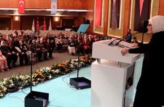 Emine Erdoğan AK Parti'li kadınlarla buluştu