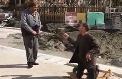 Sokak ortasında ilginç kavga! Sebebine çok şaşıracaksınız...