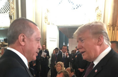 Cumhurbaşkanı Erdoğan Fransa'da Trump ile görüştü