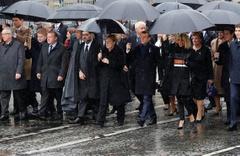 Liderler 1. Dünya Savaşı'nın sona ermesinin 100. yılında birlikte yürüdü
