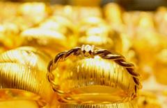 Altın fiyatlarında saat 12.30 rakamları geldi işte çeyreğin fiyatı