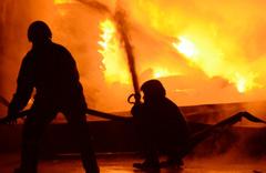 7 kişilik aile çıkan yangında hayatını kaybetti