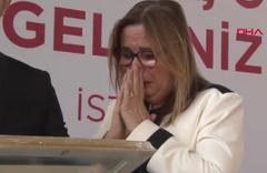 Ticaret Bakanı Ruhsar Pekcan'ı ağlatan sürpriz