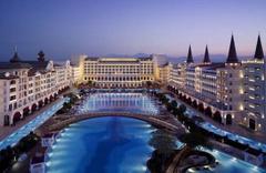 Mardan Palace Titanic Hotels'e kiralandı