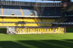 Fenerbahçe Koray Şener'i son yolculuğuna uğurluyor