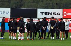 Beşiktaş'ta 3 isim Genk maçında yok