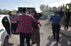2 erkek 3 kadın 5 koyunu çaldı savunmaları 'pes' dedirtti...