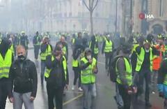 Fransa'da 129 gösterici gözaltına alındı