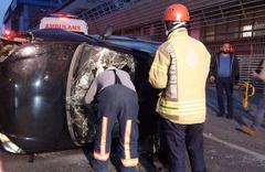 Beyoğlu'nda korkutan kaza! Kaldırıma çarparak takla attı