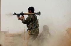 Deyrizor'da terör örgütleri PKK ile DEAŞ çatışıyor