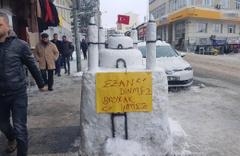 Sivas'a yoğun kar yağınca kar adamı yerine bunu yaptılar